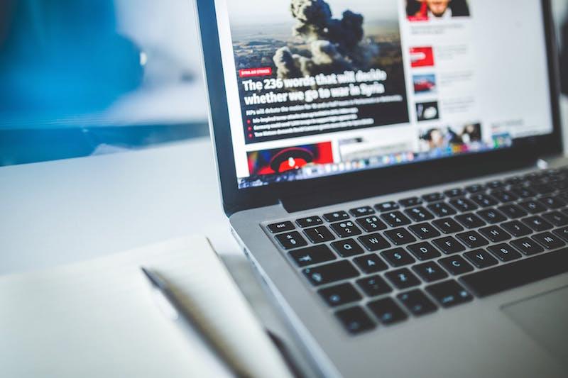 Nel 2018 boom delle fake news online. Soprattutto cronaca, politica, scienza